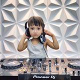 Việt Mix - Từng Yêu 2019 - DJ TRIỆU MUZIK - 0337273111.mp3 (240.5MB)