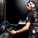 "Jeff Mills Live at ""Axis presents Halloween"" @ LUNErS (Tokyo-Japan) - 31-10-2002 - part 4"