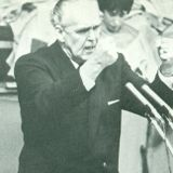 Dr. Lee Roberson preaching at the Highland Park Baptist Church in Chattanooga on April 6, 1980.