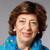 Mabel Bianco (Pte. Fund. Para El Estudio e Investigación de la Mujer) Detras De Las Palabras