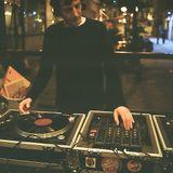 DJ  he