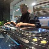 DJ Dennis Lopez ★