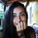 Carolline Azevedo