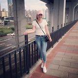 Hồng Thuý