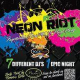 Glowfoam Wilmington 2 Live Mix
