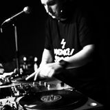 DJ Tumult!