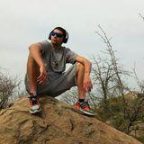 DJ Maxwell Mexes