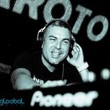 Podcast009 This Sound Is... Paco Maroto