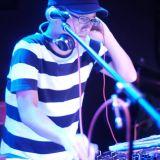 Disco DJ tossy