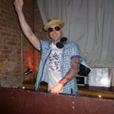 DJ Sunn-dee After work club