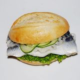 Fischbrötchen mit Dino episode 3 (with Felix Kubin)