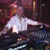 DJ G (GiGi)
