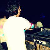 http://www.mixcloud.com/daniel-chialva/set-a-vista-con-algunos-temitas-de-lo-que-dejo-la-tomorrowlan