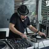 vincenzo lanzara :: deep and soulful dj set :: il salotto 18/03/2017