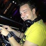 DJ Chiveau