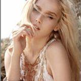 Caitlin Lomaxs