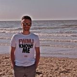 krewcial 2.0 LIVE!  / MPC + keys + bass