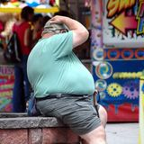 Low-fat diets reduce early death in obese people