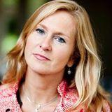 Astrid van den Oetelaar