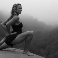 126 / Unshakeable Yoga Class w/ Chelsey Korus Wanderlust Tremblant 2018