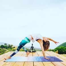 153 / Dosist West Hollywood Deep House/Yoga Nidra Class w Lindsey Valdez