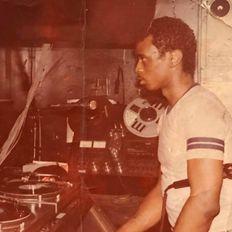 Tony Smith presents Classic Beats & Rhythms (Funhouse Club Mix #3 Extended) 4.1.21