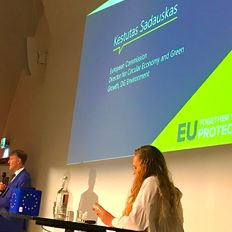 Combating plastic waste in the EU: initiatives in France, Germany and Netherlands.