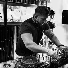 Fierce Angel Resident Exclusive Mix : DJ Marc Rowell