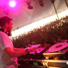 DJ AM - Live at 105.3's BFD Festival in SF (2008)