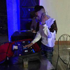 Việt Mix - Simple Love  Ft Người Lạ Thoáng Qua - Tùng Gucci Mix