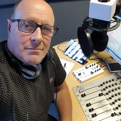 The Saturday Selection Box with Phil Alsford - 4th November 2017