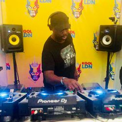 25 years of V  takeover on Kool London with Bryan gee TRAC , Dj uno & Mc Mello - Nov 2018