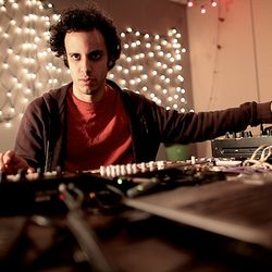 Four Tet aka Kieran Hebden (Domino) @ The Roska Show, Rinse.fm 106.8 FM - London (08.01.2013)
