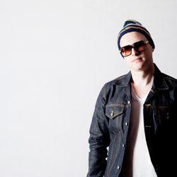 DJ SWERVE'S KISS MIX BLOCK 03/01/13