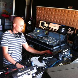 H.O.S.H. / Club Ibiza con Karlos Sense / 13.Abril.2013 / Ibiza Sonica