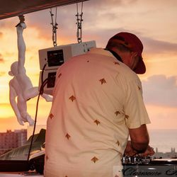 Jose Padilla - Sunset Mix at ROOFTOP NINE - Pikes presents.. 19th of July 2016