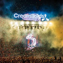 Best of Creamfields 2015 - 01 - Sigma featuring MC Justyce @ Daresbury Estate - Halton (28.08.2015)