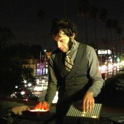 Daedelus -Live- (Brainfeeder Rec.) @ Delicious Vinyl HQ, Sunset Boulevard Los Angeles (05.10.2012)
