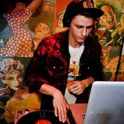 Mixtape Riot #001