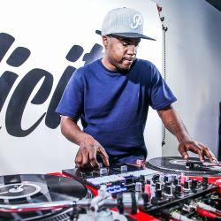 DJ Ease - MikiDz Show - Apr. 11, 2016