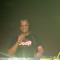 R.I.P DJ Russell 'The Love Muscle'