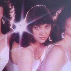 Radio Cómeme -La Noche de los Discos Vivientes: Chilean Women Voice: 60's & 70's at 45 rpm!