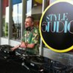 DJ Andy Smith at Vintage @ Southbank Style Studio stage - 29.7.11