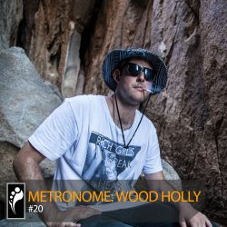 Metronome: Wood Holly