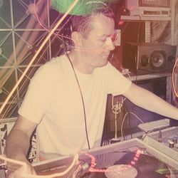 The Ransom Note Mix: Nick Craddock