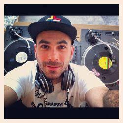 Classic Hip Hop Vol 2 - Live Mix by Flipout