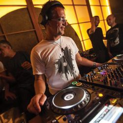 John Acquaviva: ENTER.Week 13, Sake (Space Ibiza, September 26th 2013)
