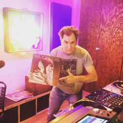 Joey Altruda – Rebel Vibe Tribe Radio (01.30.17)