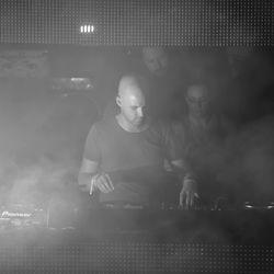 James Grant - Live @ Queen Club, Anjunadeep Party (Paris) (19-09-2008)