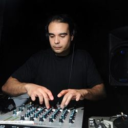FROM THE VAULTS: John Tejada – Double Feature: Drum n Bass Mix (01.18.02)